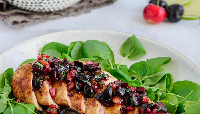 Grilled chicken with fresh cherry salsa featured 1